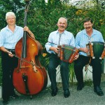 Seebi mit Manfred Rösli und Irène Weber am Bass