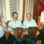 mit Tobias Betschart, Dominik Gwerder und Georg Frick am Bass im Rest. Frohsinn, Oberarth